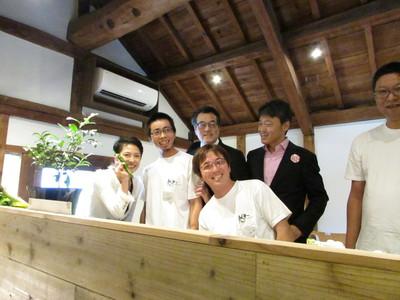 民主党岡田代表・蓮舫代表代行にご来店いただきました。