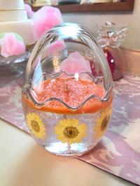 黄色いお花のeggグラスジェルキャンドル