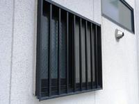 防犯対策の落とし穴:窓の格子