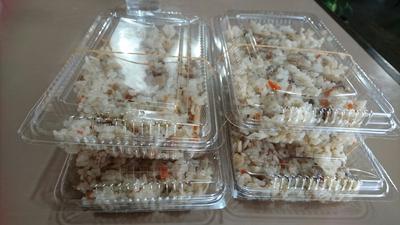具だくさんの五目ご飯と酢豚にきゅうり(#^^#)【喫茶あいかむ】