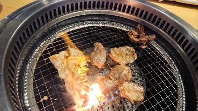 やきにく、焼肉~♪(*^^)v 【一番カルビ元町店】