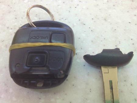 各種メーカーキーレス修理いたします。イモビキーもOKです。