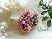 桜モチーフのブローチ☆ビーズ刺繍してみました