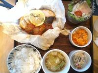 cafe double(豊田市丸山町)でランチ