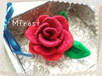 やっぱりバラが作ってみたくて☆立体刺繍のバラ完成