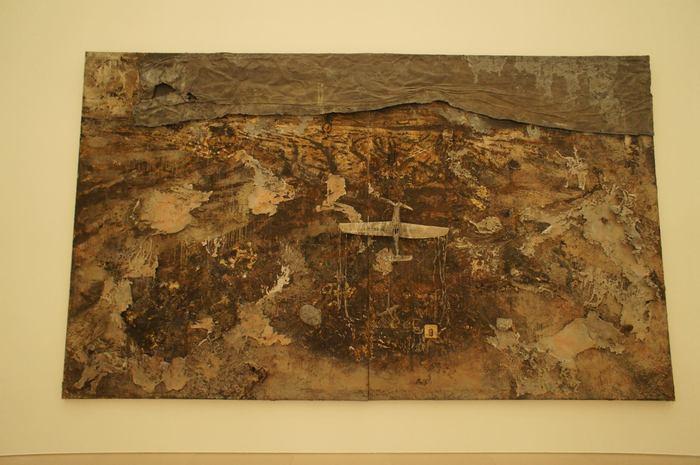 あふれる芸術のパワーで現実を一時リセット。「愛・知のリアリズム」「手探りのリアリズム」豊田市美術館