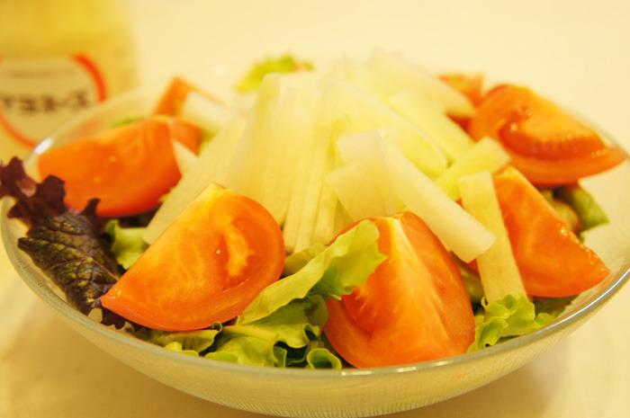 梨とか柿は言い過ぎ!?蒼星農園の甘ーい無農薬大根で大根サラダ作ってみた。
