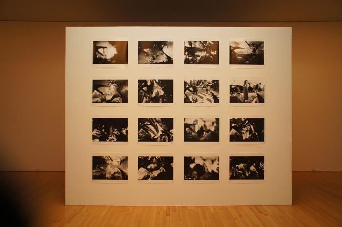 写真をおすそわけ。荒木経惟 往生写集―顔・空景・道@豊田市中央図書館