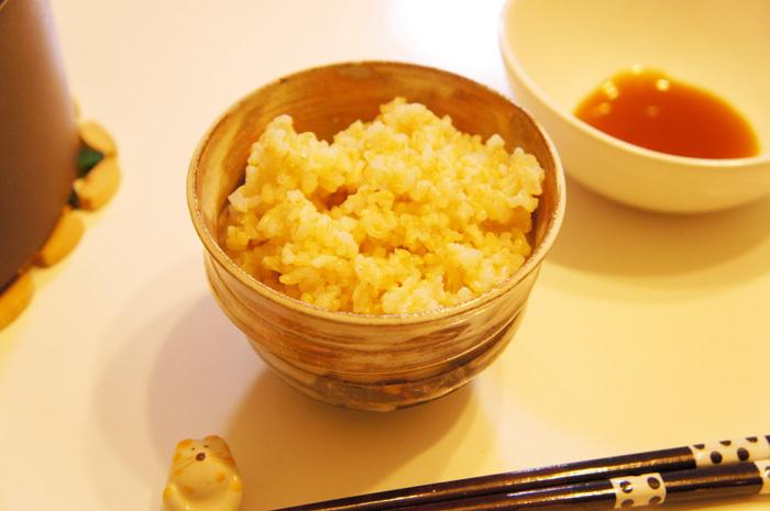 玄米食してます。と、玄米のおいしい炊き方・選び方。と、やまのぶ(みどりの里)自然栽培玄米。