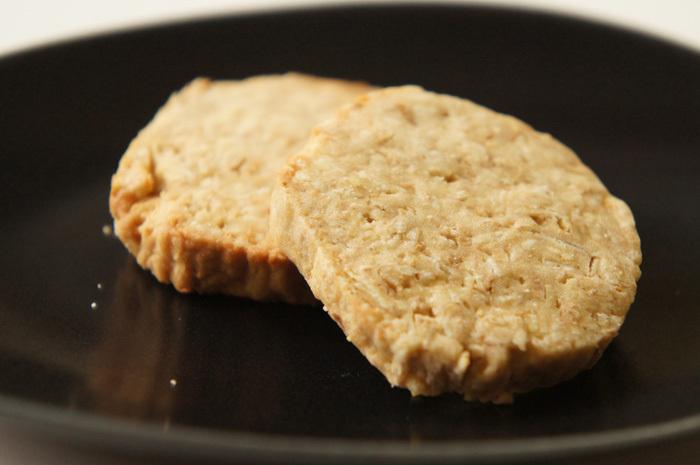アンティマキの自然素材焼き菓子。そこはかとない滋味とはまさに!