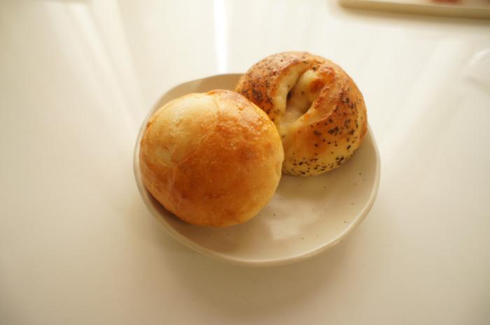 天然酵母と国産小麦のパン屋さん unjour(アンジュール)長久手市杁ケ池公園隣にて!