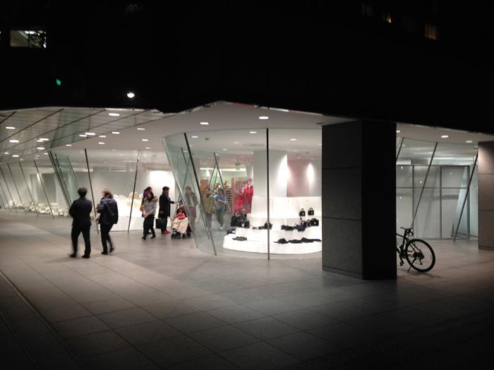聖地!ドーバーストリートマーケット銀座とコムデギャルソン青山店へ(東京の旅)
