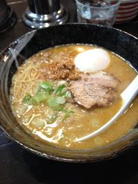 岡崎市のうまいラーメンや「バイシャンタン」再び。担々麺温玉のせ! 2015/04/22 12:00:00