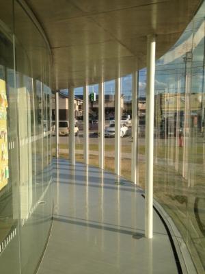 SANAA妹島和世さん設計の豊田市生涯学習センター 逢妻交流館