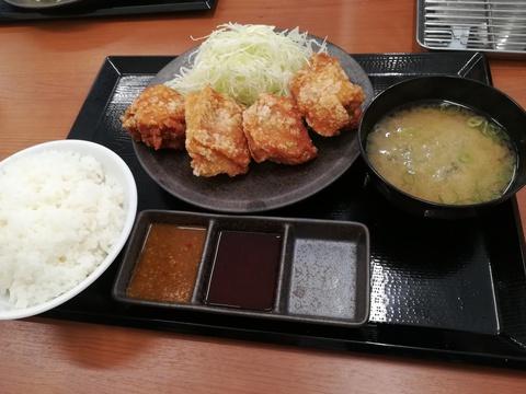 からやま豊田元宮店へ(^-^)/