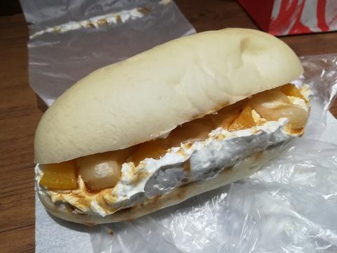 あっぱれ家康のコッペパンを食べよう(^_^)v