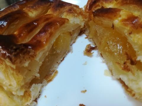 LAWSONのごろごろりんごのアップルパイを食べよう(^.^)