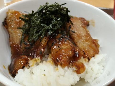 スガキヤで担々麺を食べよう(^-^)/