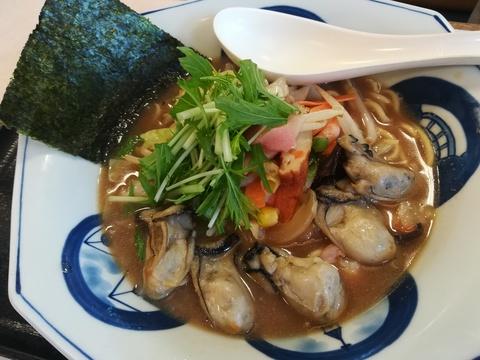 リンガーハットの牡蠣ちゃんぽんを食べよう(^.^)
