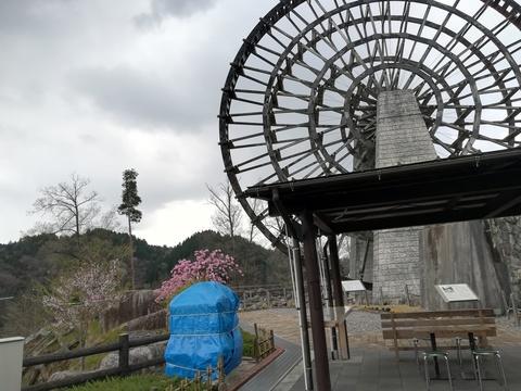 4月なのに雪が降るなんてツーリング(^^;