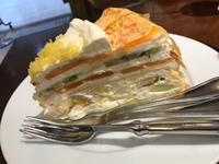 ケーキ食べながらひとやすみ。  【ハーブス】 名古屋市