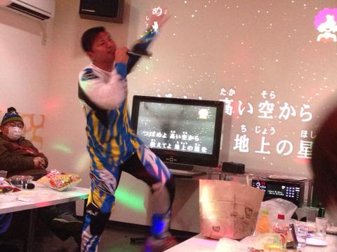 大反響★カラオケ紅白歌合戦新年会