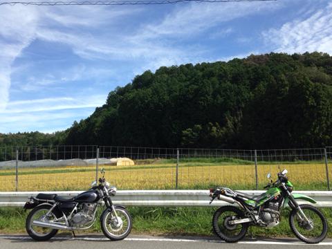 「バイクは頑張らないでニコニコ乗ろう」は魔法の言葉