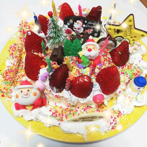 子供たちにお任せクリスマスケーキ♪今年はこうなりました♪