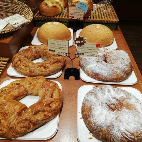 オアシスベーカリーこむぎのパンが美味しい!(刈谷ハイウェイオアシス)