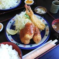 きらく亭のカニクリームコロッケ定食(豊田市)