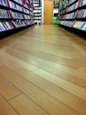 ■床は綺麗に