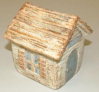ペット用骨壷ウォールデンの家