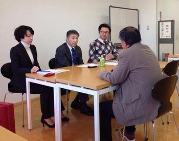 行列のできる相談所・小出宗昭氏の特別相談会