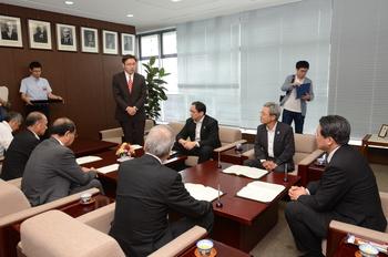 【連携】岡崎市×岡崎商工会議所×日本政策金融公庫と連携の締結式を行いました