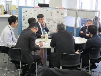 朝日新聞・フロントランナーにf-Bizセンター長の小出さんが!!