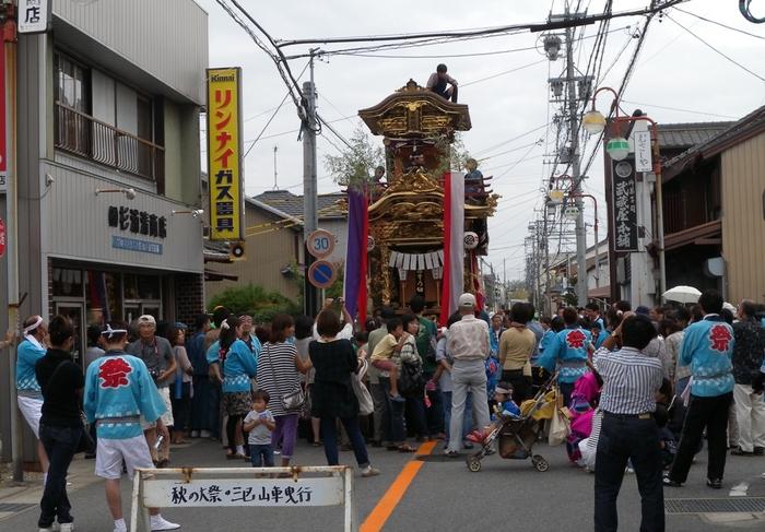 矢作町山車の街曳き