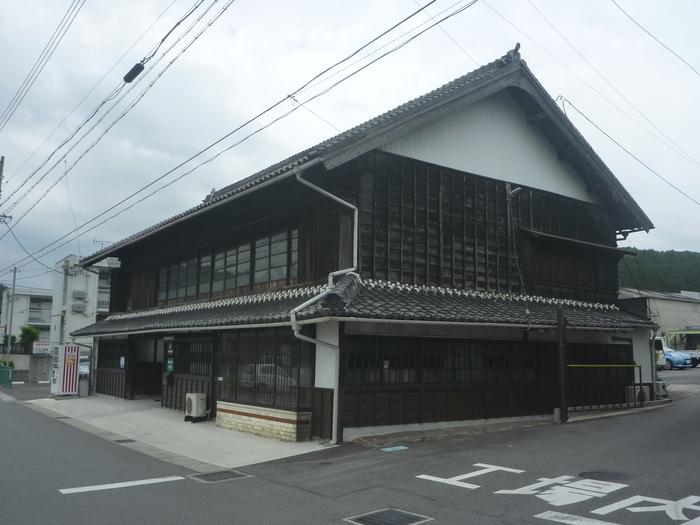 景観重要建造物としてアイチ味噌溜店舗を指定しました