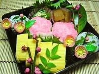 3月23日 春だねぇ~お花見気分なお花おにぎり弁当☆ 2012/03/23 09:43:59