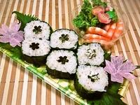 4月13日 桜がカワイイ!!野沢菜太巻きおにぎりのお弁当☆ 2012/04/13 09:35:04