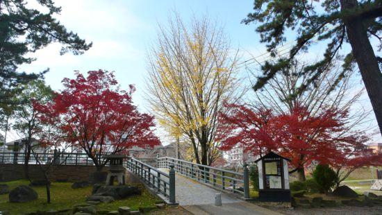 紅葉の岡崎公園