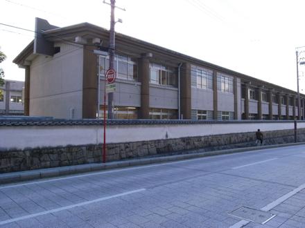 大樹寺小学校の建物