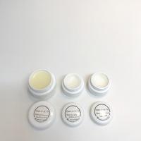 超乾燥肌用のアロマハンドクリーム&咳対策のミツロウ軟膏を作りました。