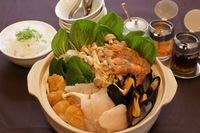 ハノイの魚介鍋