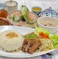 秋と冬限定新メニューベトナム風豚の角煮セット