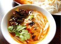 ベトナム料理。夏限定つけ麺ブンチャー