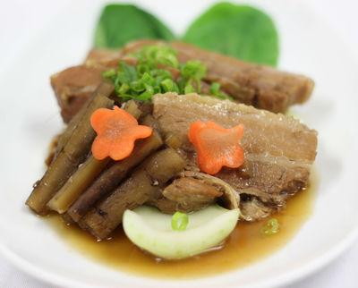南ベトナム風豚の角煮 ¥990(税抜)