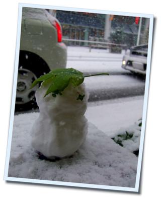 初雪だるま