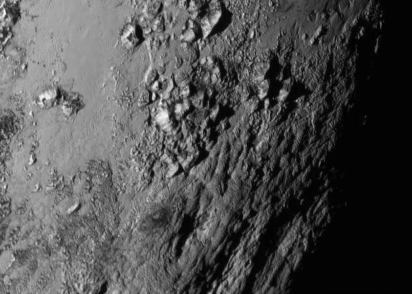 冥王星~さっそく大きな発見が!