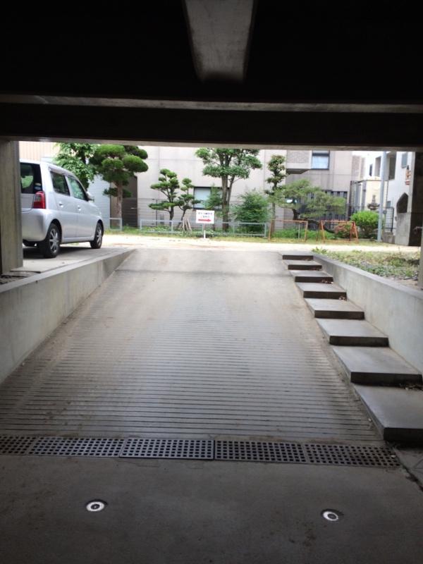 西側駐車場のご案内