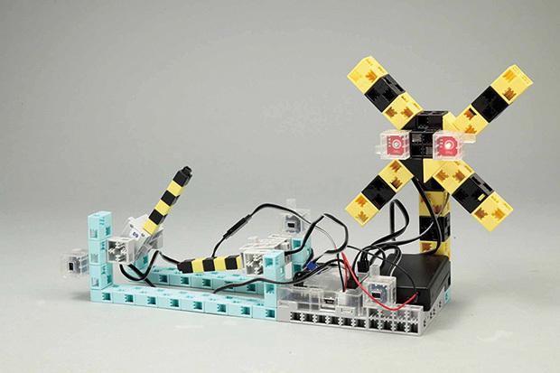 ロボットプログラミングで21世紀型スキルが身につく「もののしくみ研究室」コース